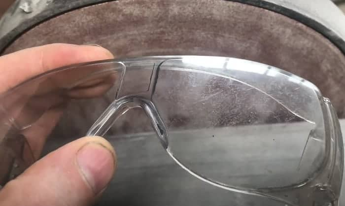how to get scratches out of safety glasses